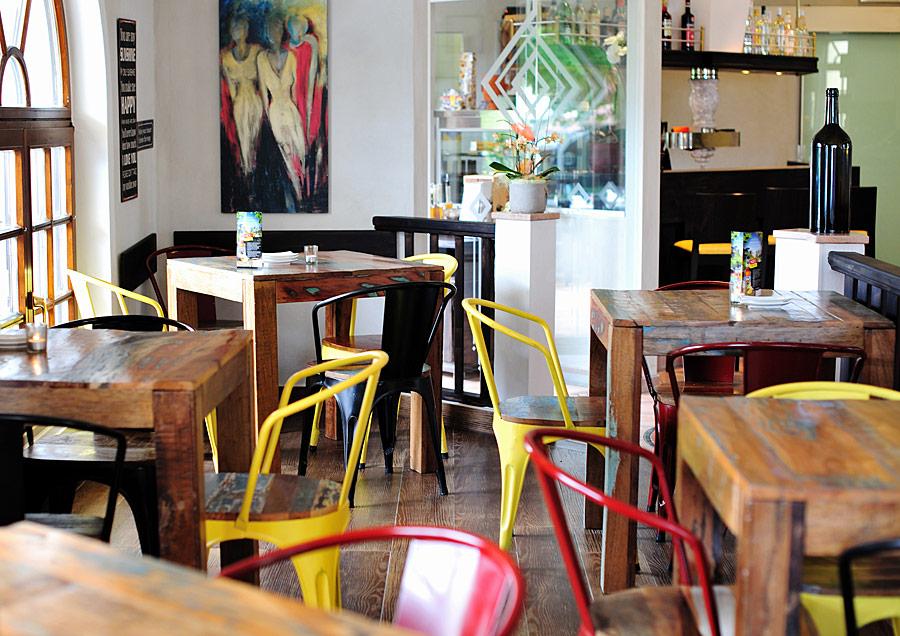 Pizzeria | Ristorante | Café | L´OSTERIA AL PARCO ...